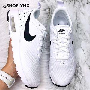 Nike Air Max Tavas White Sneaker